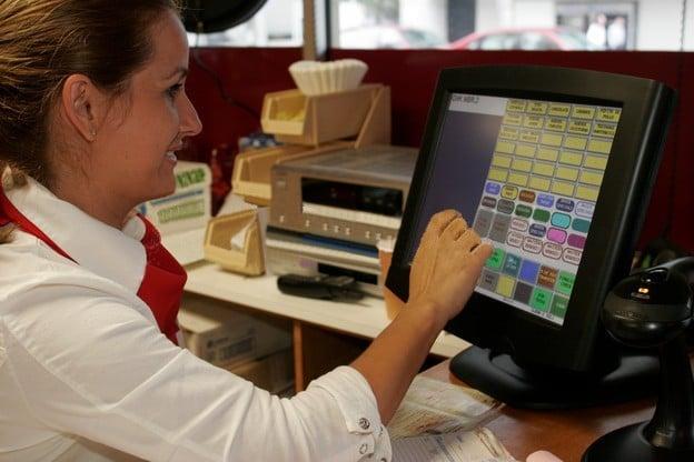 Оказание услуг и онлайн касса